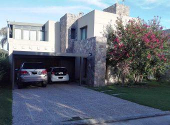 VENDEMOS EXCELENTE CASA DE 3 DORMITORIOS EN LA ESTANZUELA I-
