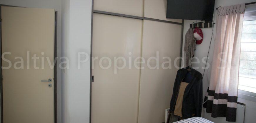 COMPLEJO CERRADO -EXCELENTE PROPIEDAD – DUPLEX P.B. DE 2 DORMITORIOS A LA VERA DEL RIO SUQIA