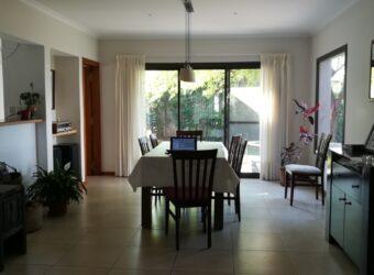 VENDO – Excelente casa en La Estanzuela II – La Calera